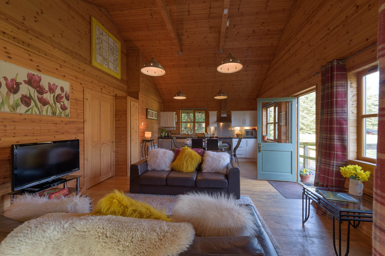 Dog-friendly luxury holiday lodges in Scotland